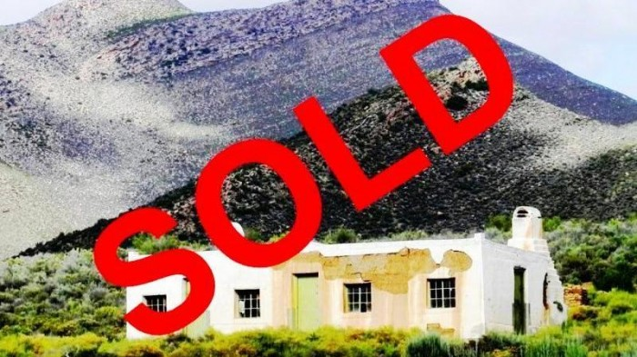 "Historic ""Koos Ellis se Huis"" - SOLD - with an undivided share in the 4364 hectare nature reserve"
